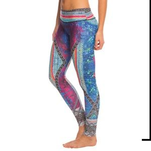Onzie Placement Print Yoga Leggings
